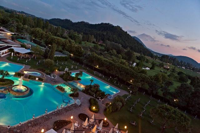 Transfer da venezia a abano terme montegrotto terme - Montegrotto terme piscina ...