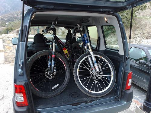 Trasporto Biciclette Cicloturismo Minibus E Van Per Il